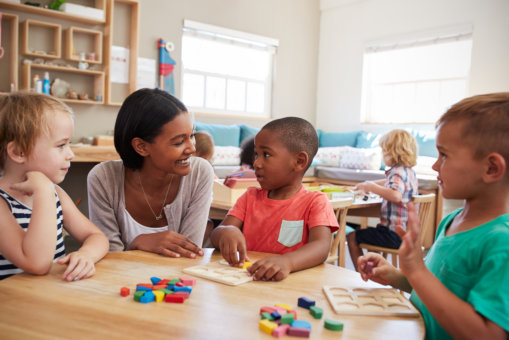 What to Expect at a Montessori School
