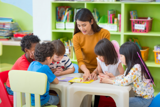 How to Prepare Your Children for Montessori School
